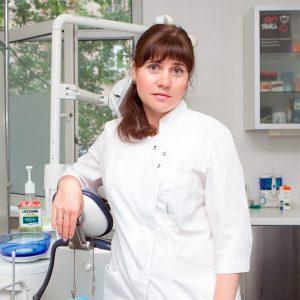 Стоматолог Оксана Дмитриевна