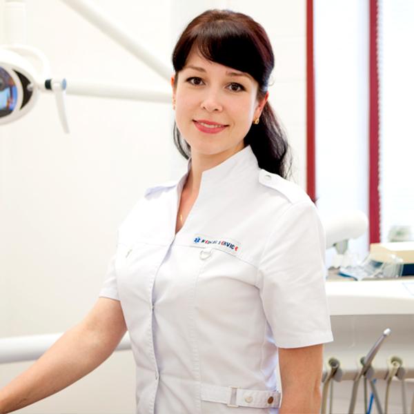 Стоматолог Амирзянова Юлия Геннадьевна